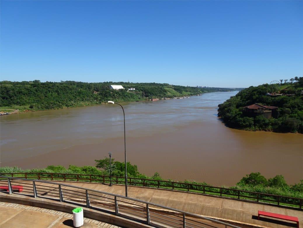 argentine-fleuve-iguazu-goyav