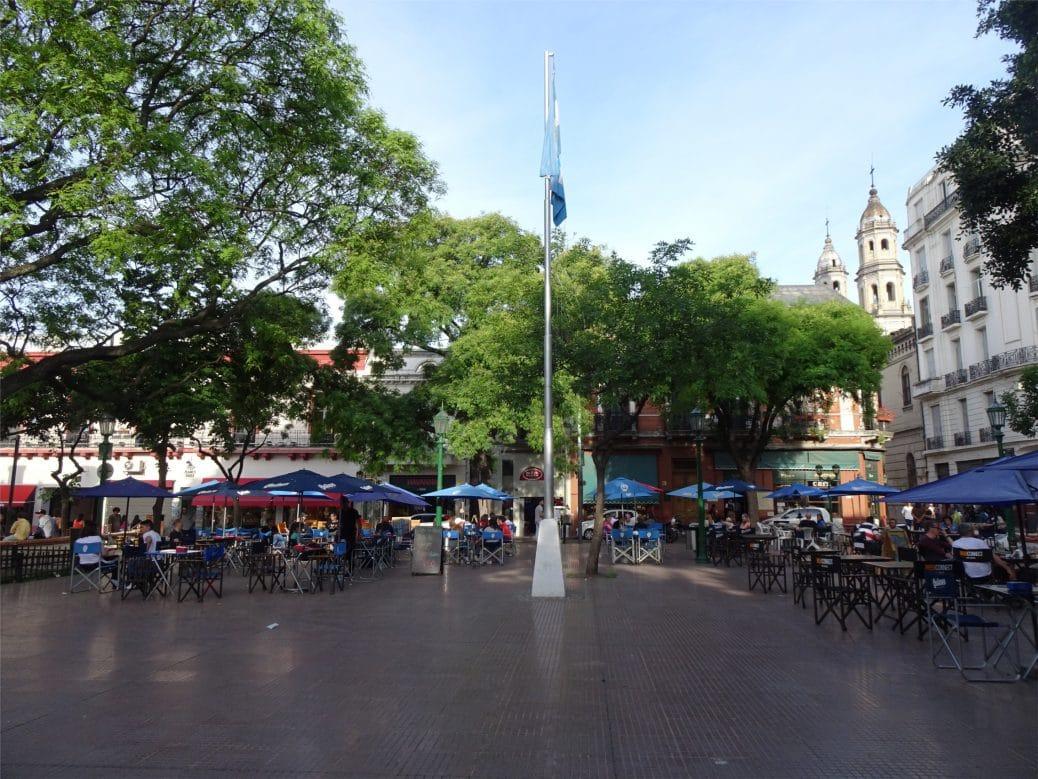 plaza-dorrego-goyav