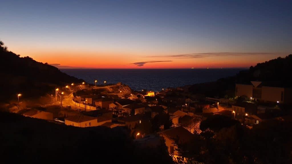couche-de-soleil-sur-marseille-goyav