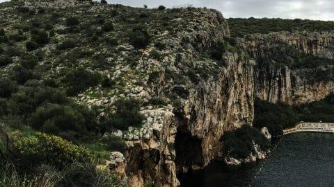 Lac Vouliagmeni – Source d'eau chaude à une heure d'Athènes