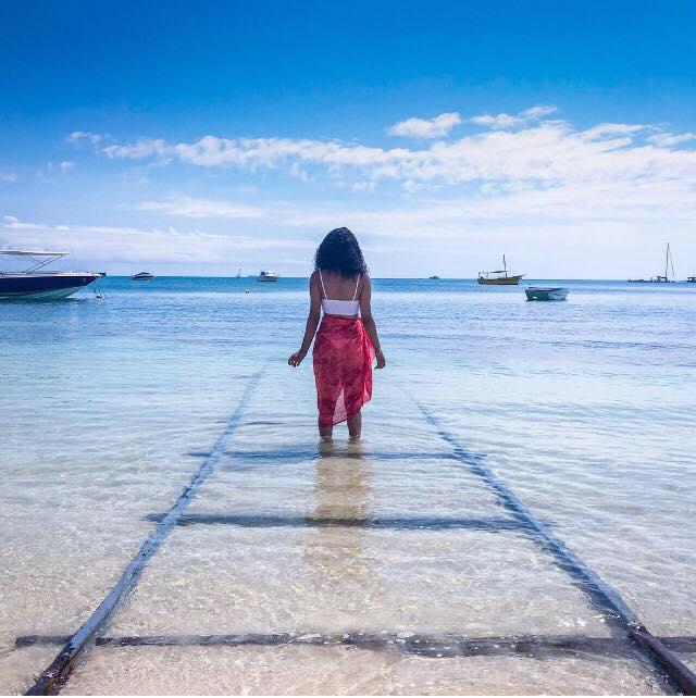 Le bleu du ciel n'est pas le bleu de la mer