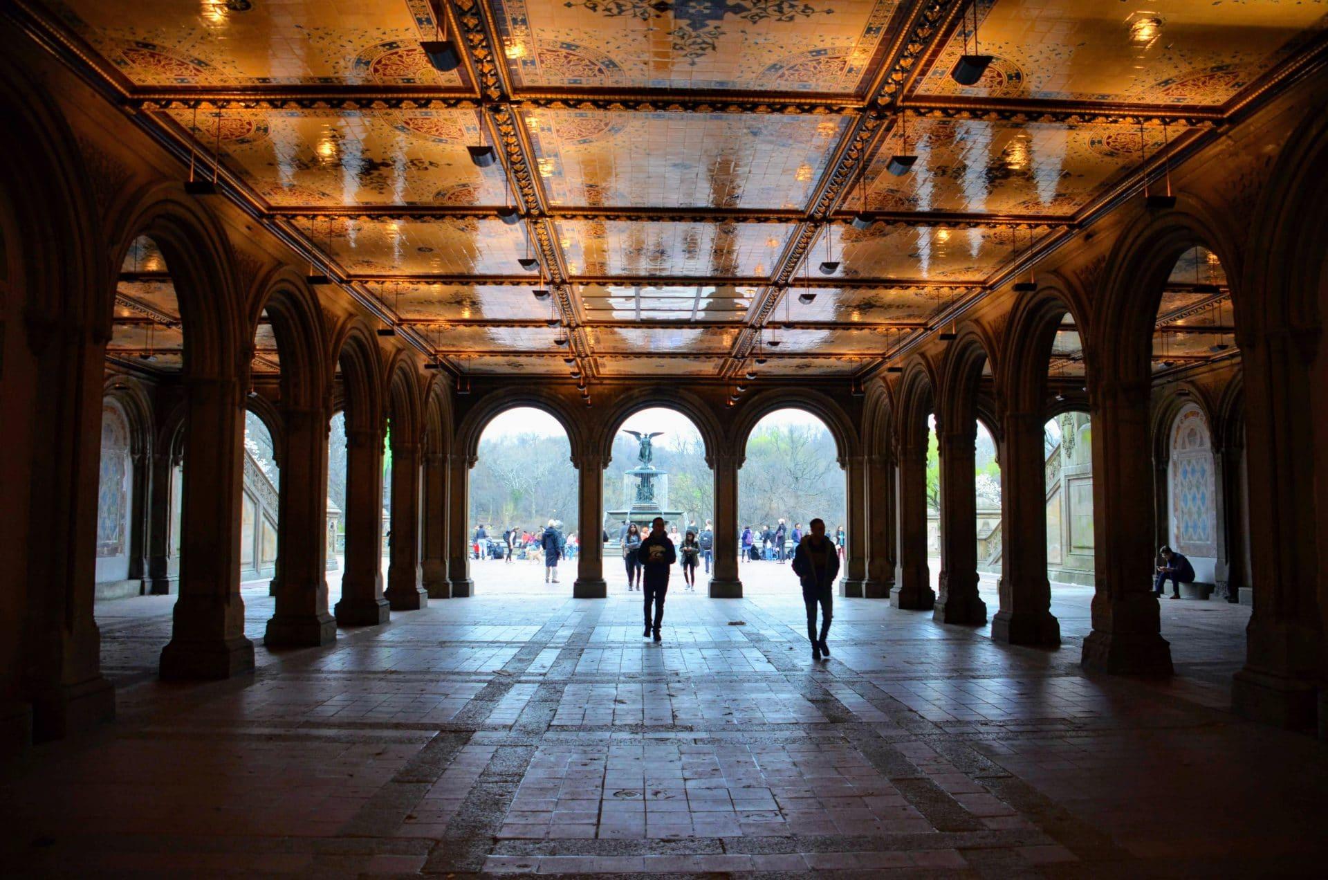 Central Park : Vers la fontaine Bethesda