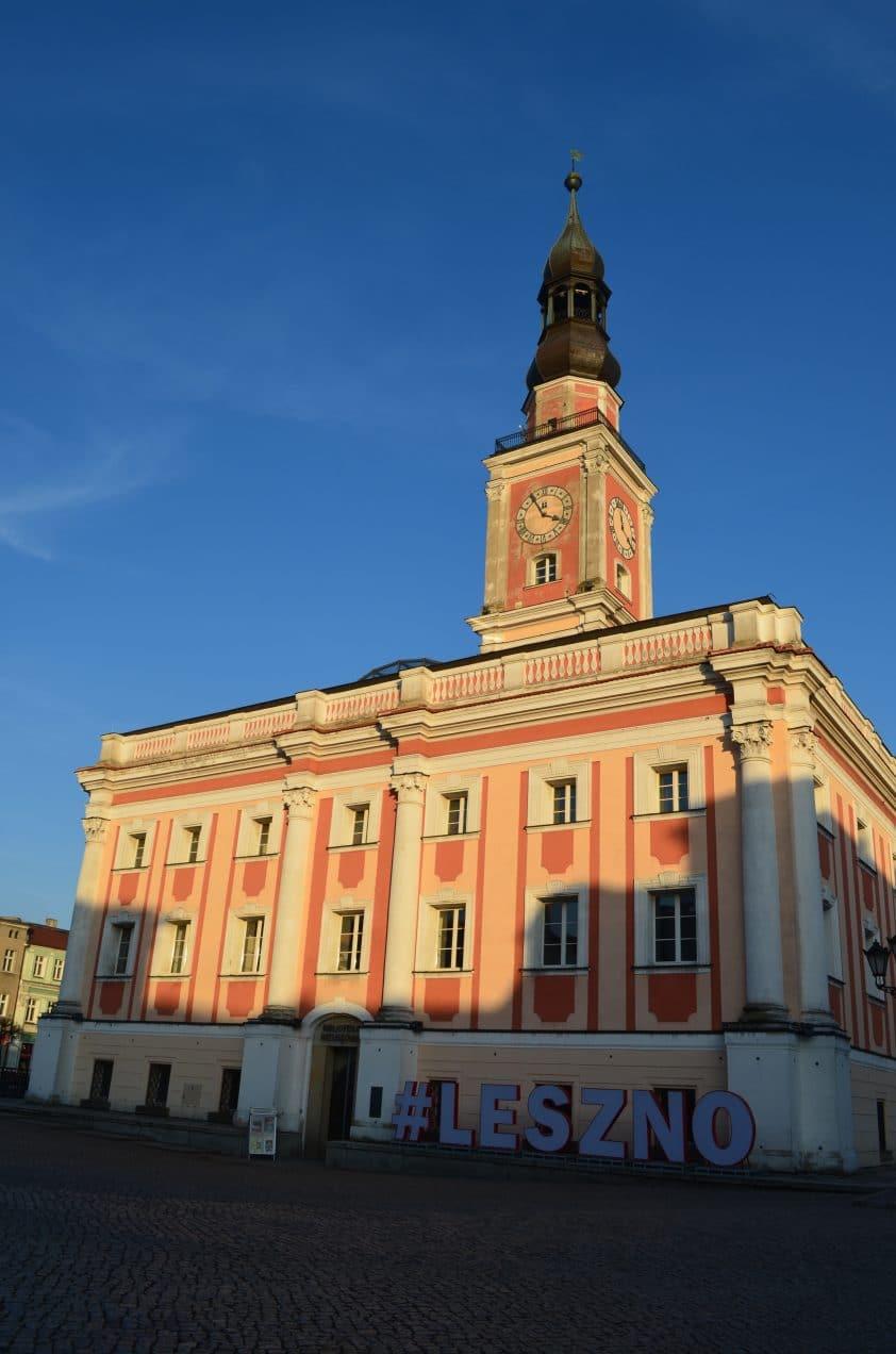 Hotel de ville de Leszno Pologne etape road trip pologne