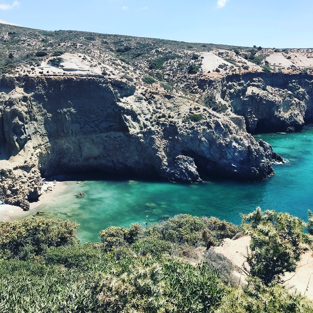 Plage à Milos en Grèce