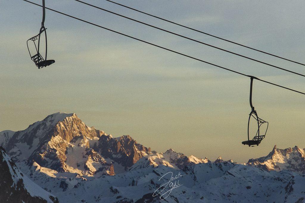 Randonnée vers l'aiguille Percée avec vue sur le mont blanc