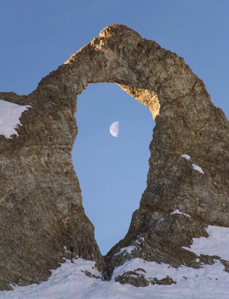 l'aiguille percée lune
