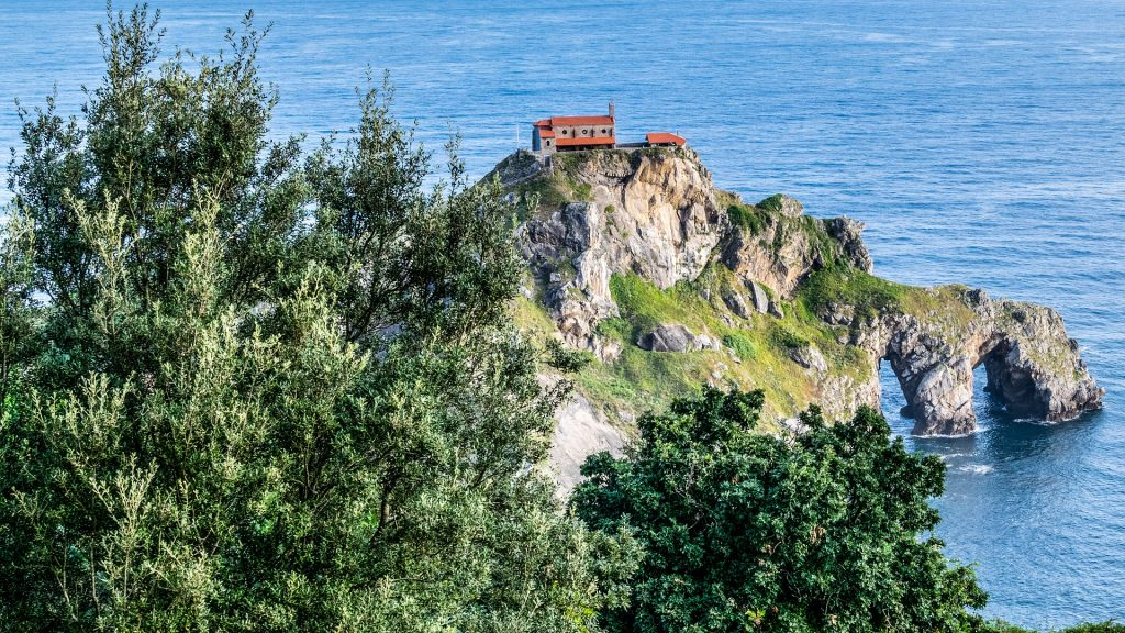 Road Trip France pays basque hermitage