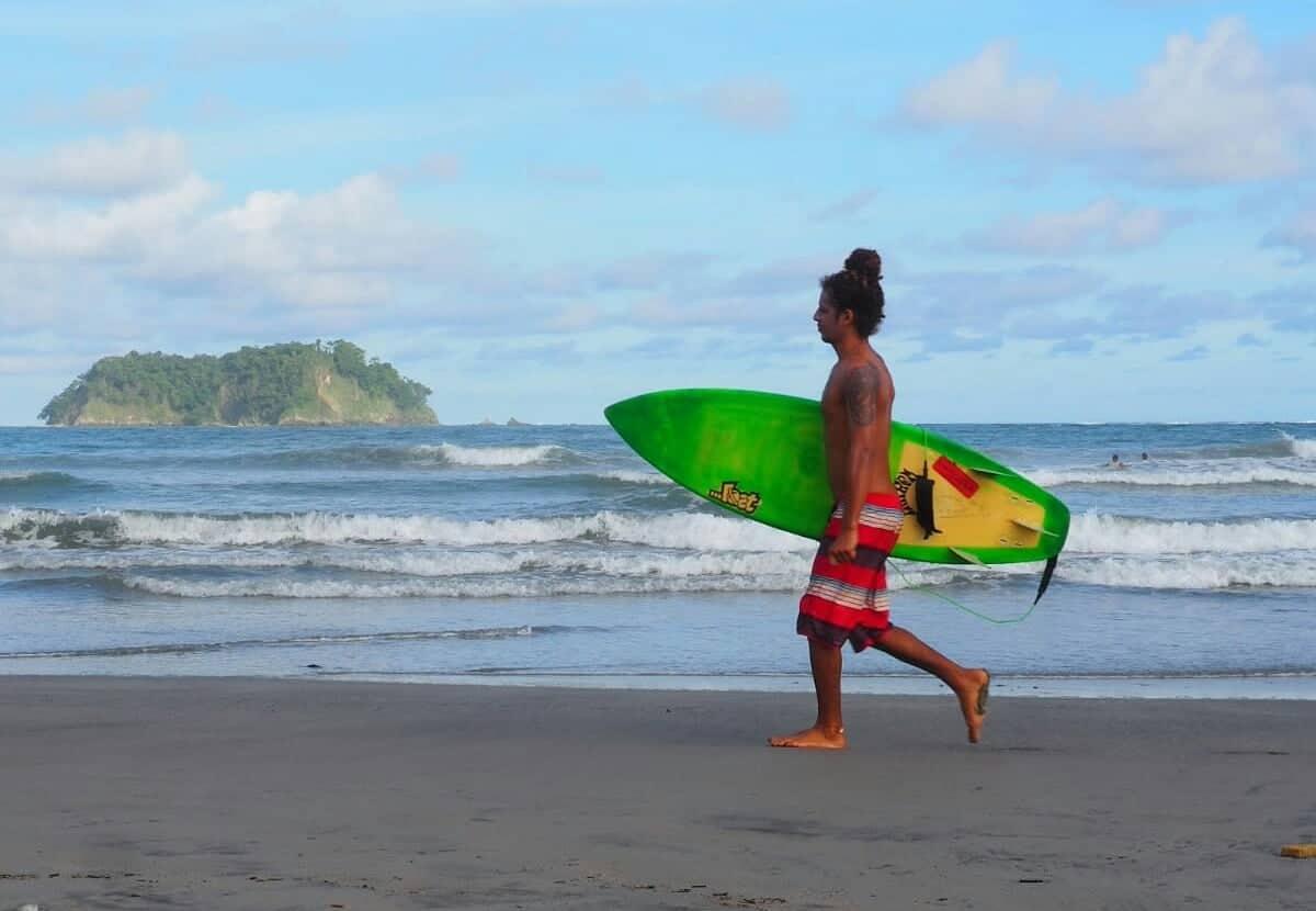 Surf Tamarindo plage costa rica
