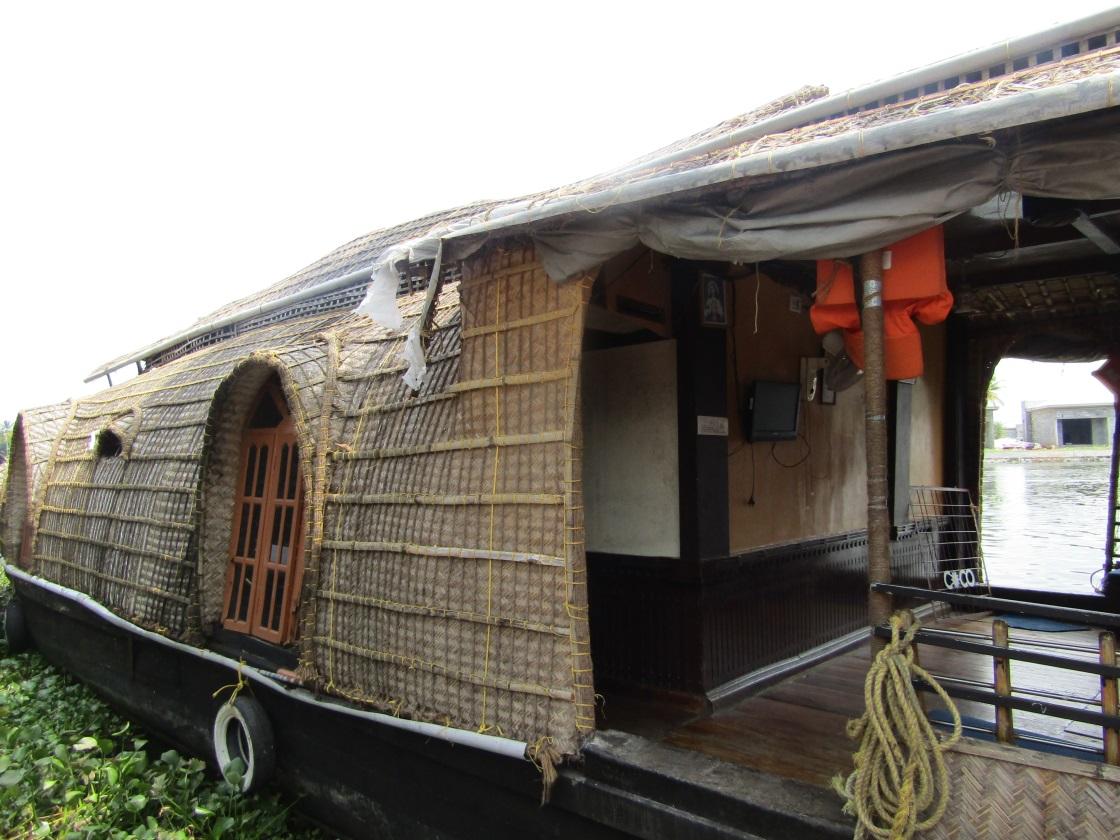 house boat allepey inde
