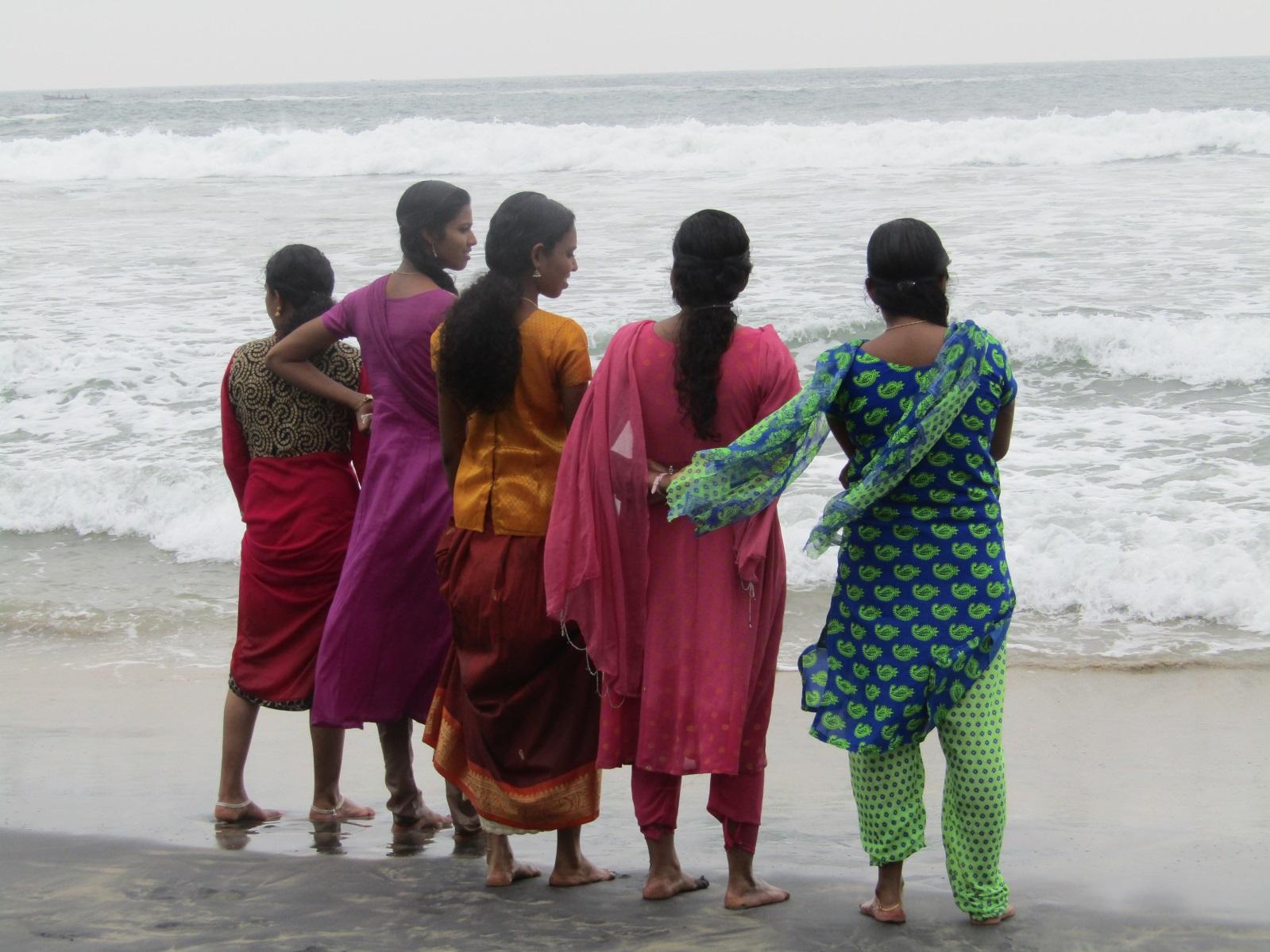 road trip Inde femmes habits kerala