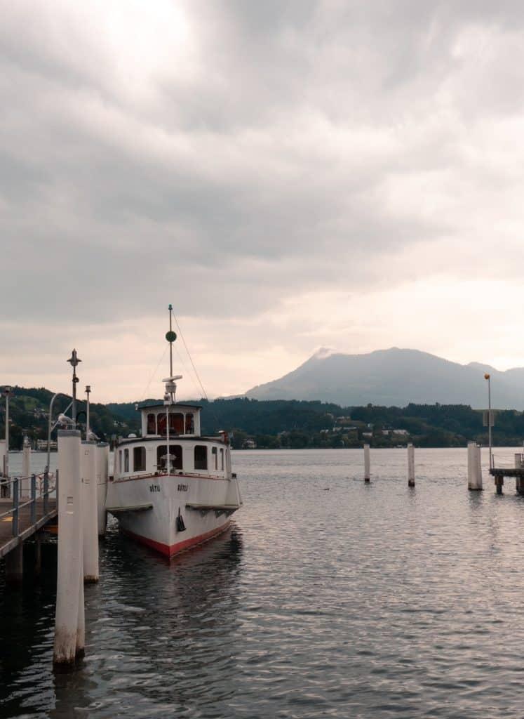 Lac des quatres cantons lucerne suisse