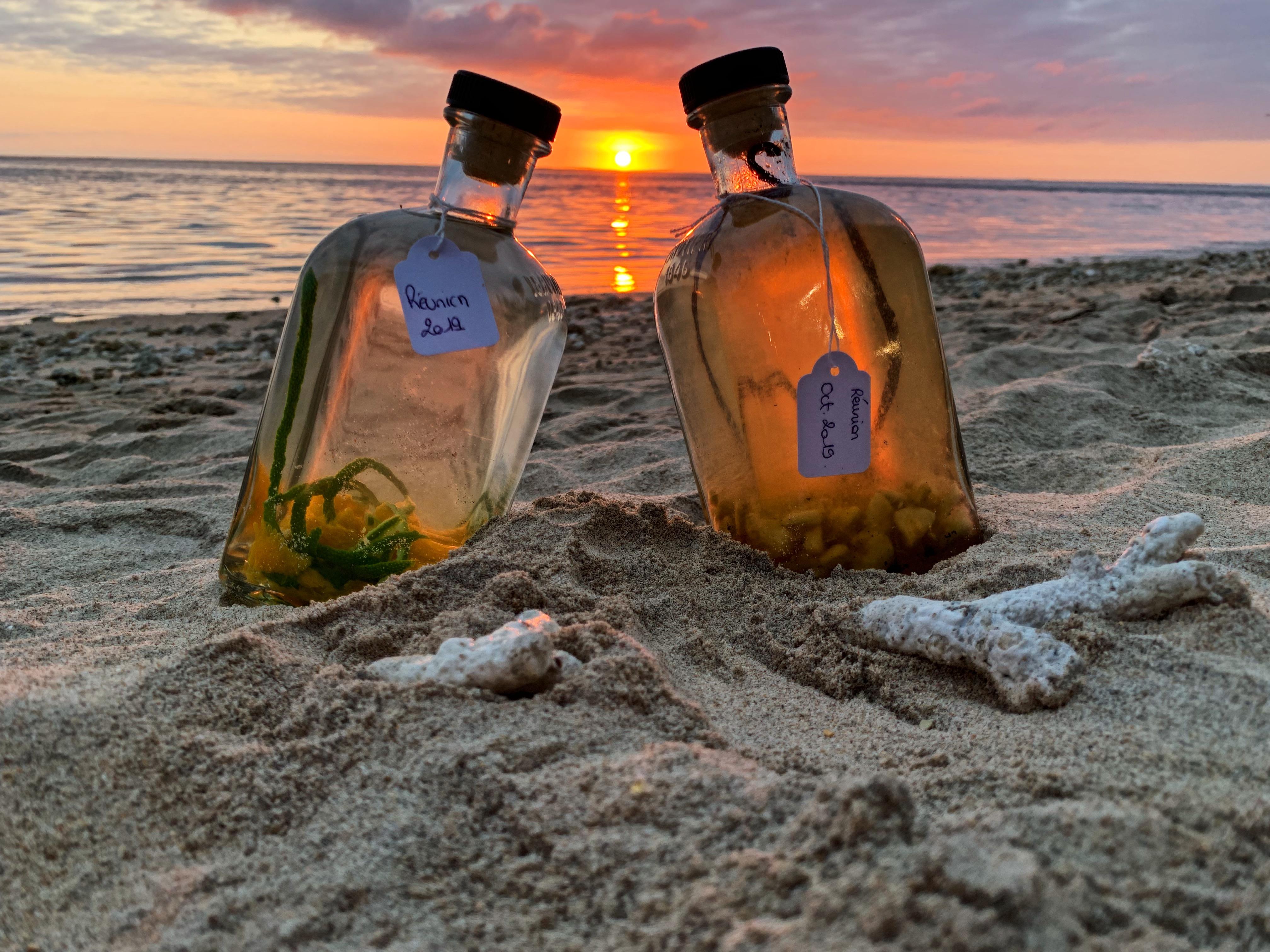 bouteilles plage la reunion