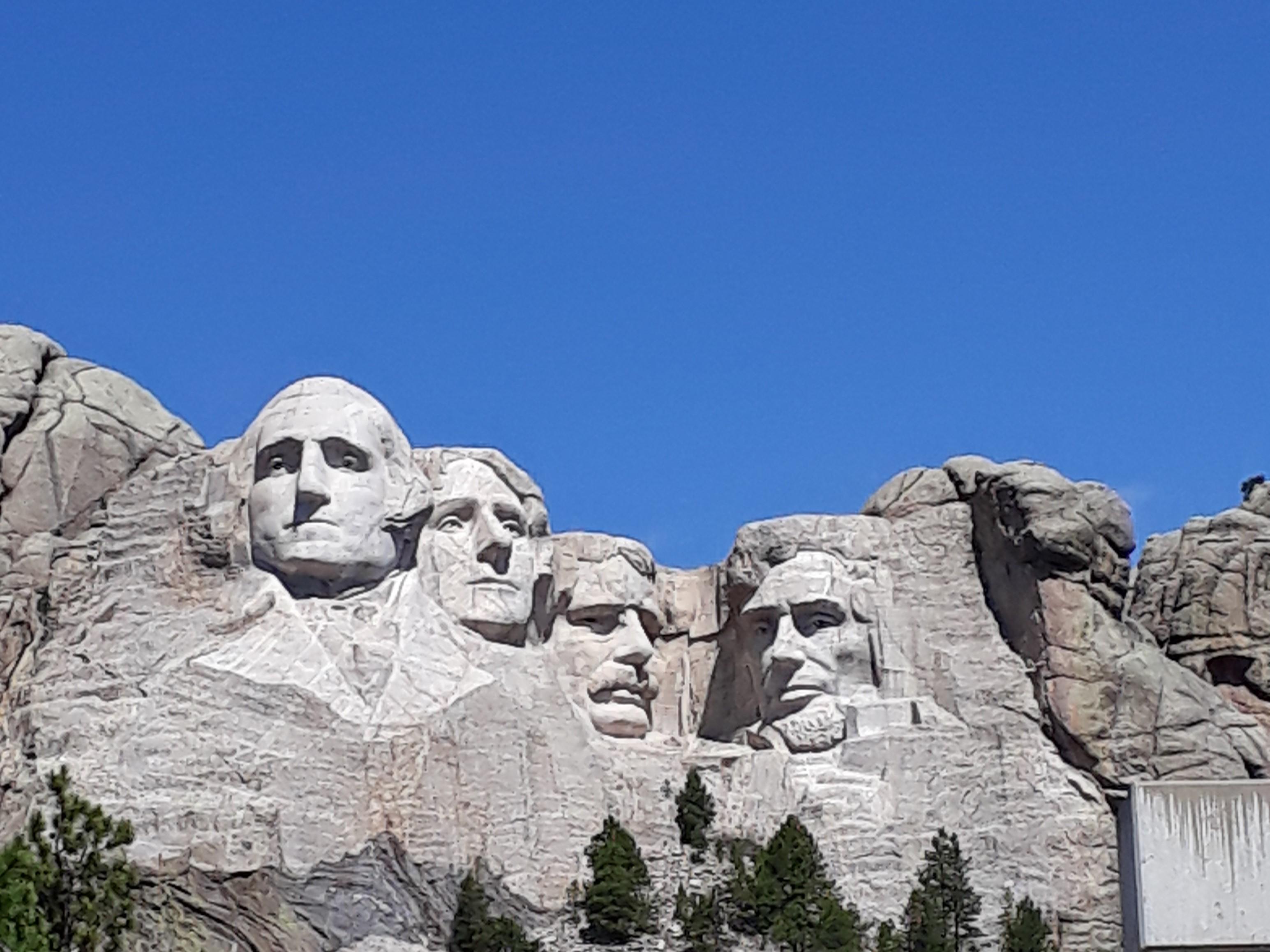 road trip dakota mont Rushmore