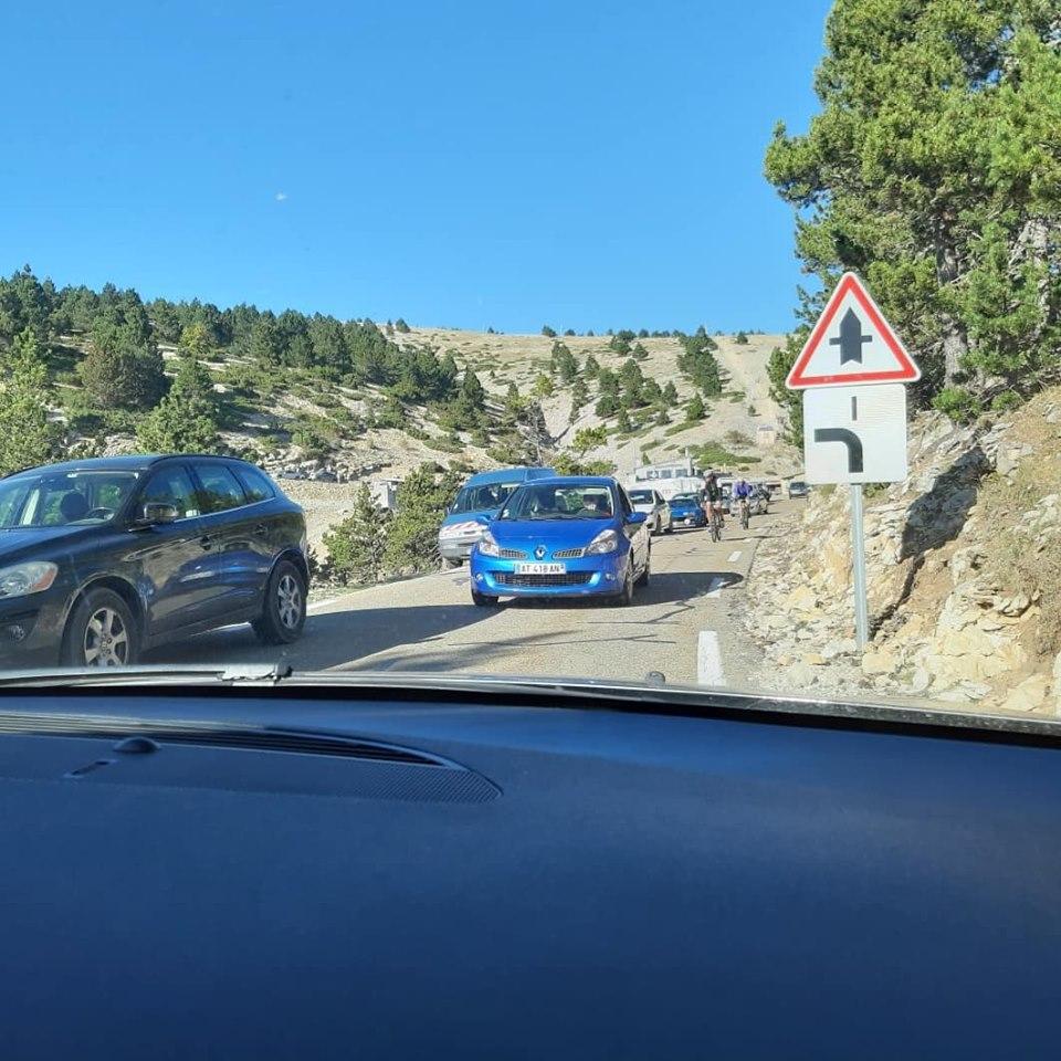traffic voitures mont ventoux