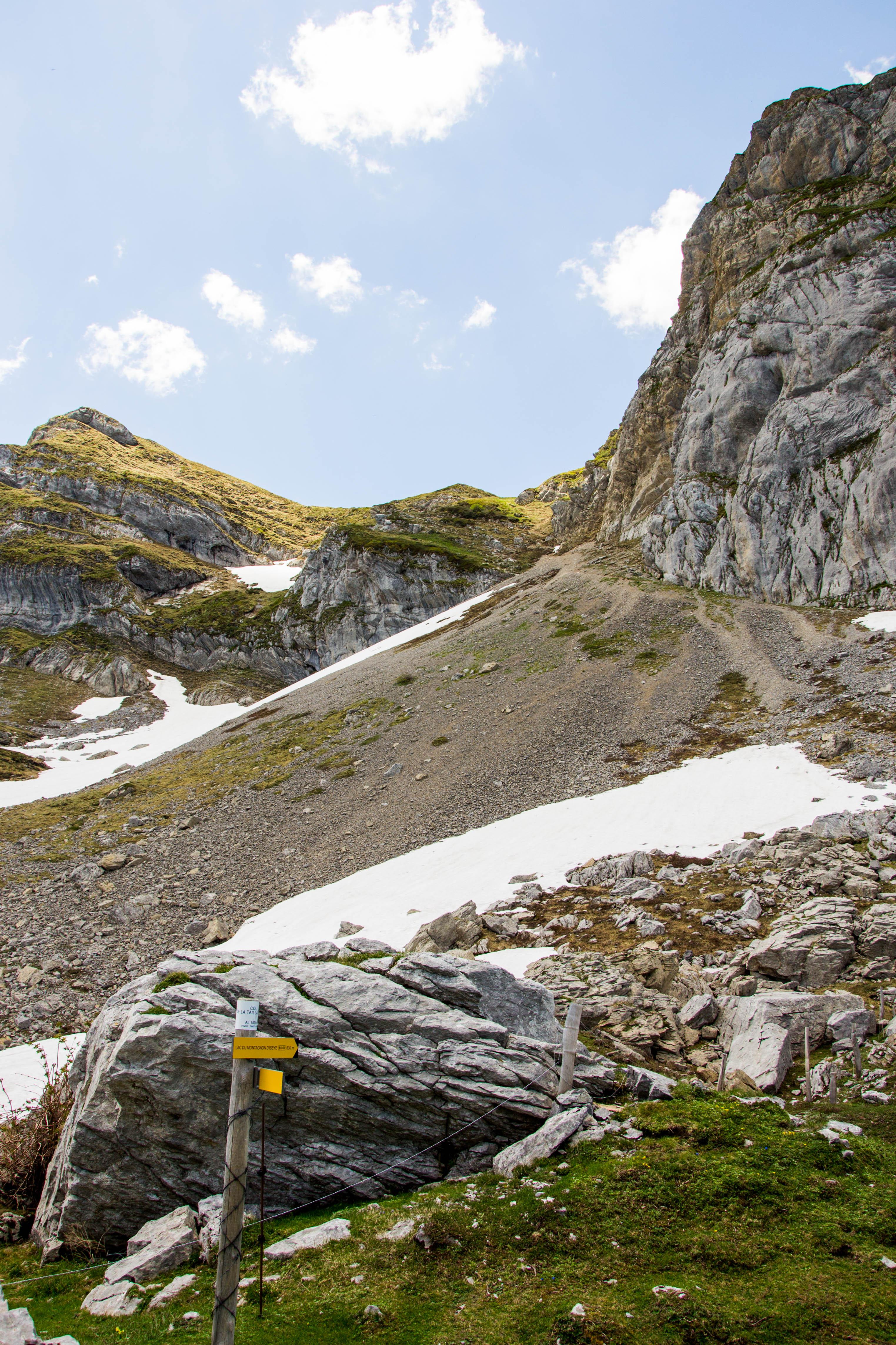 sentier lac du montagnon