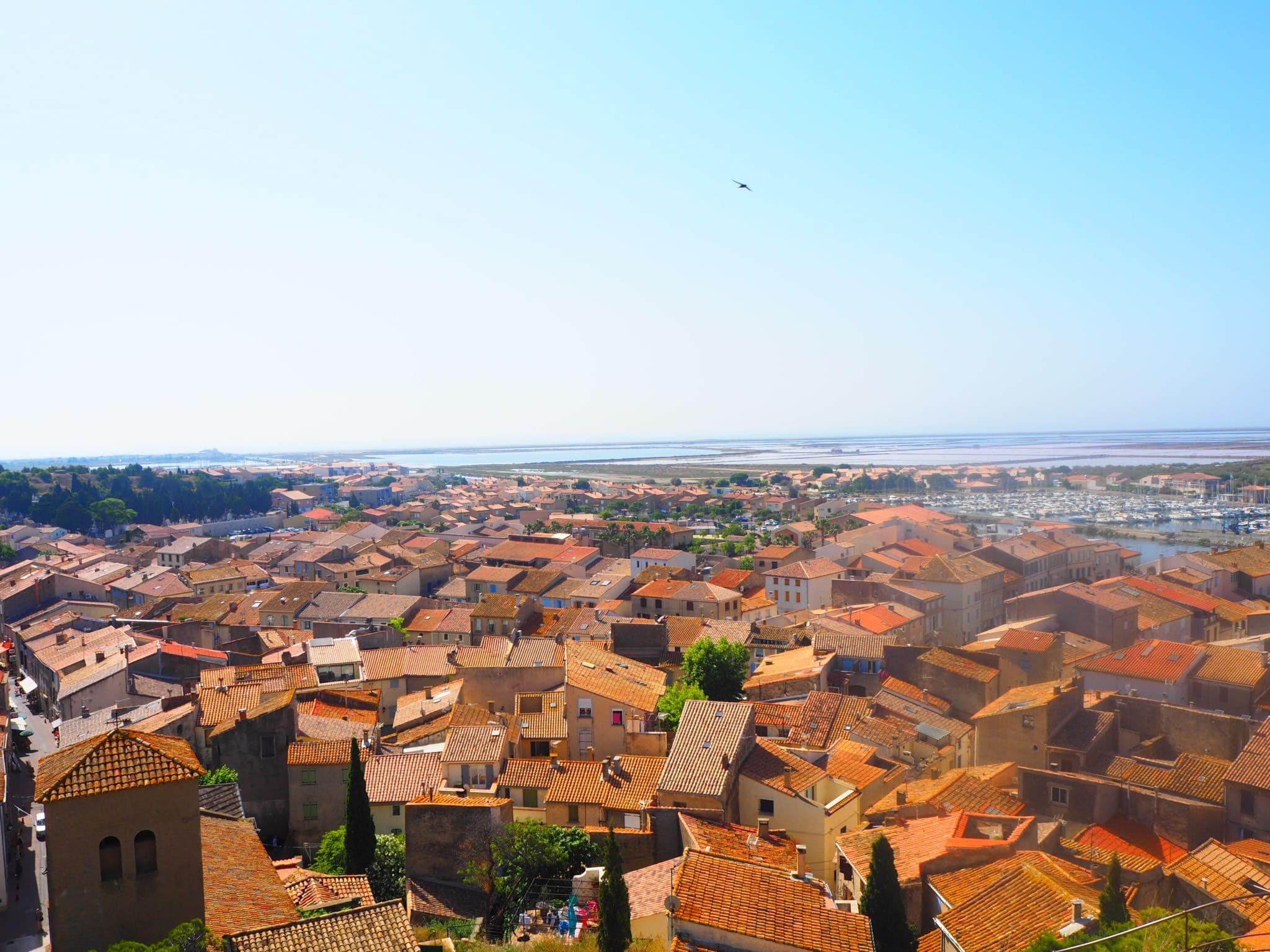 Village de Gruissan toits orange