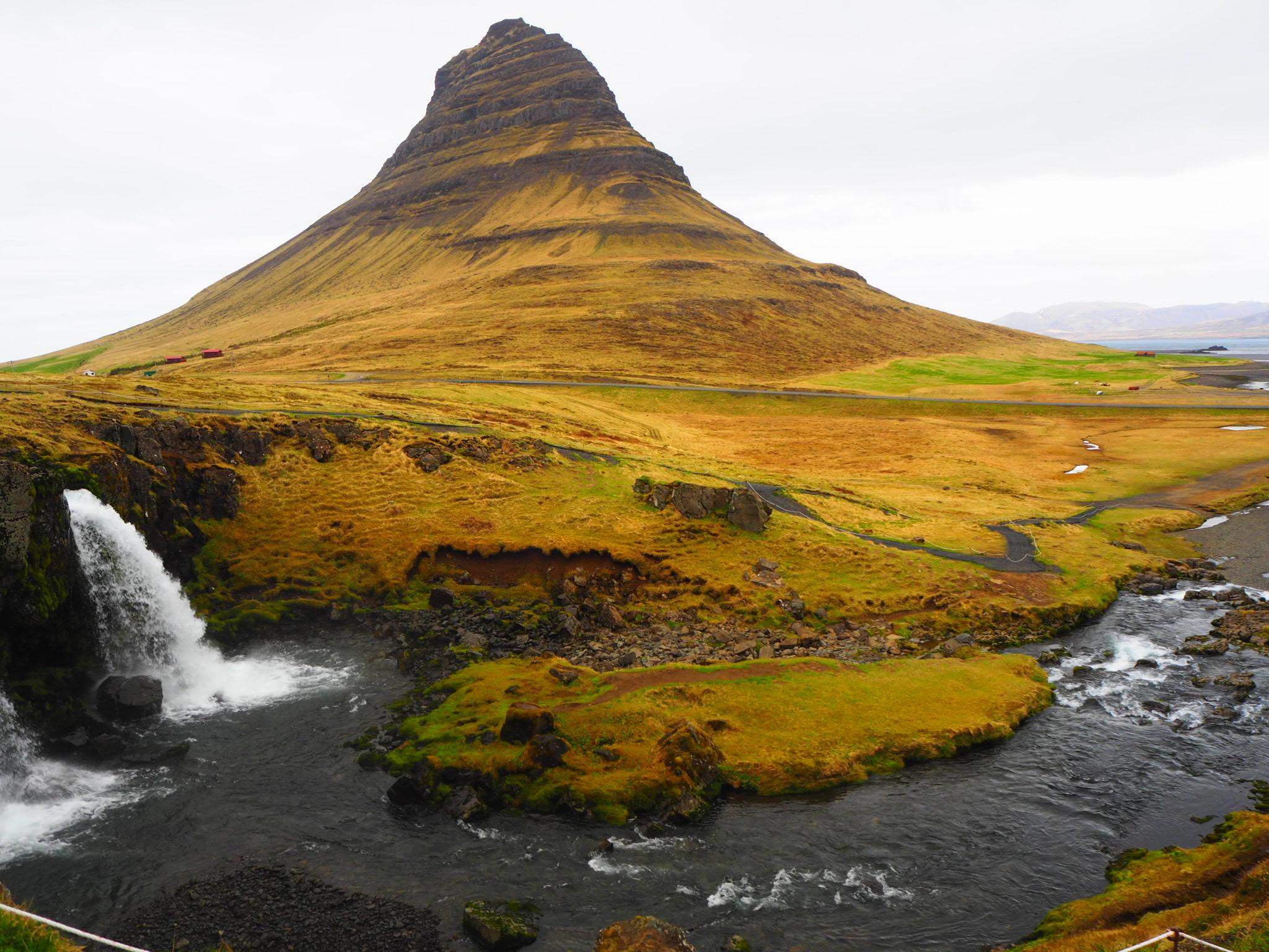 montagne Kirkjufell road trip islande