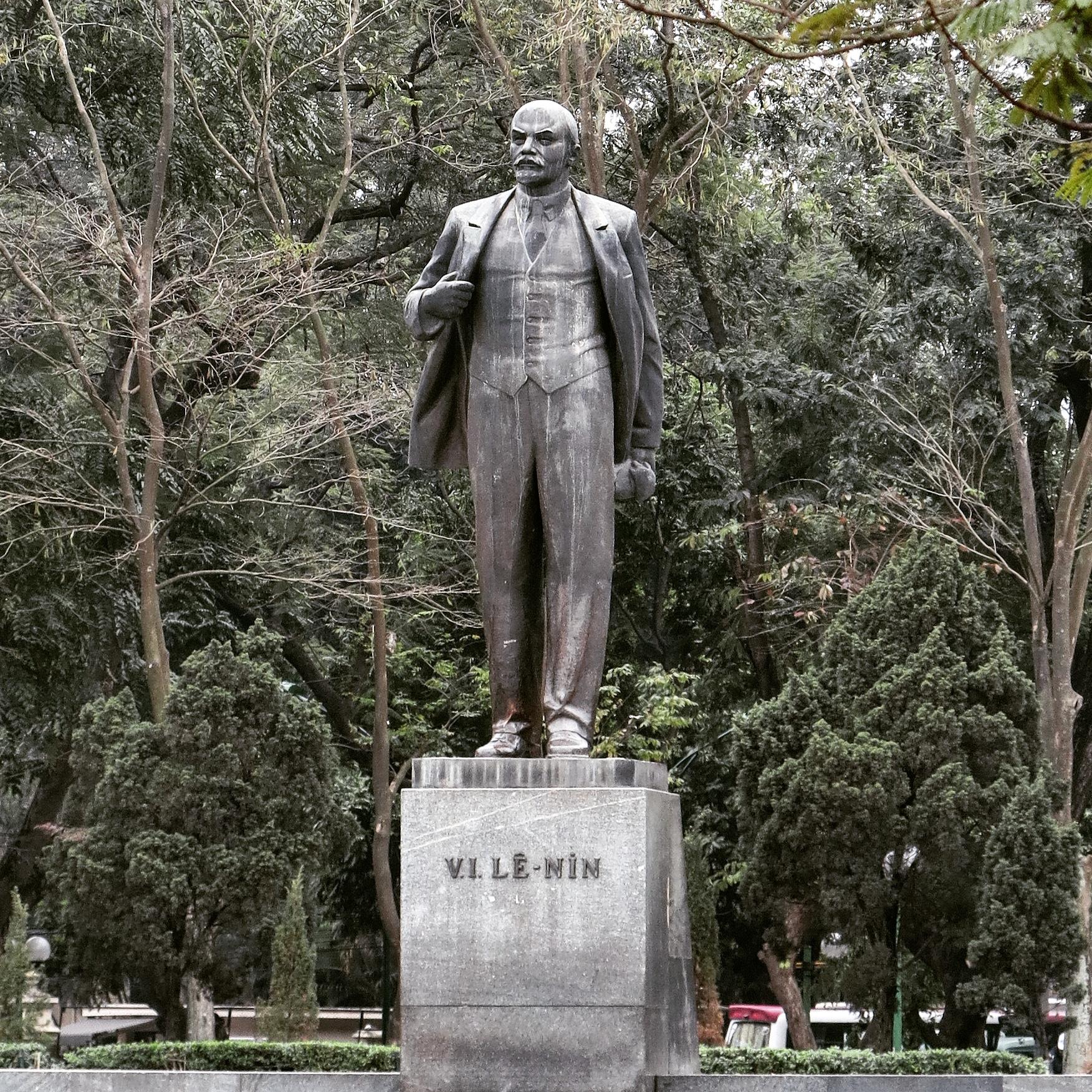 statue Vietnam Hanoï