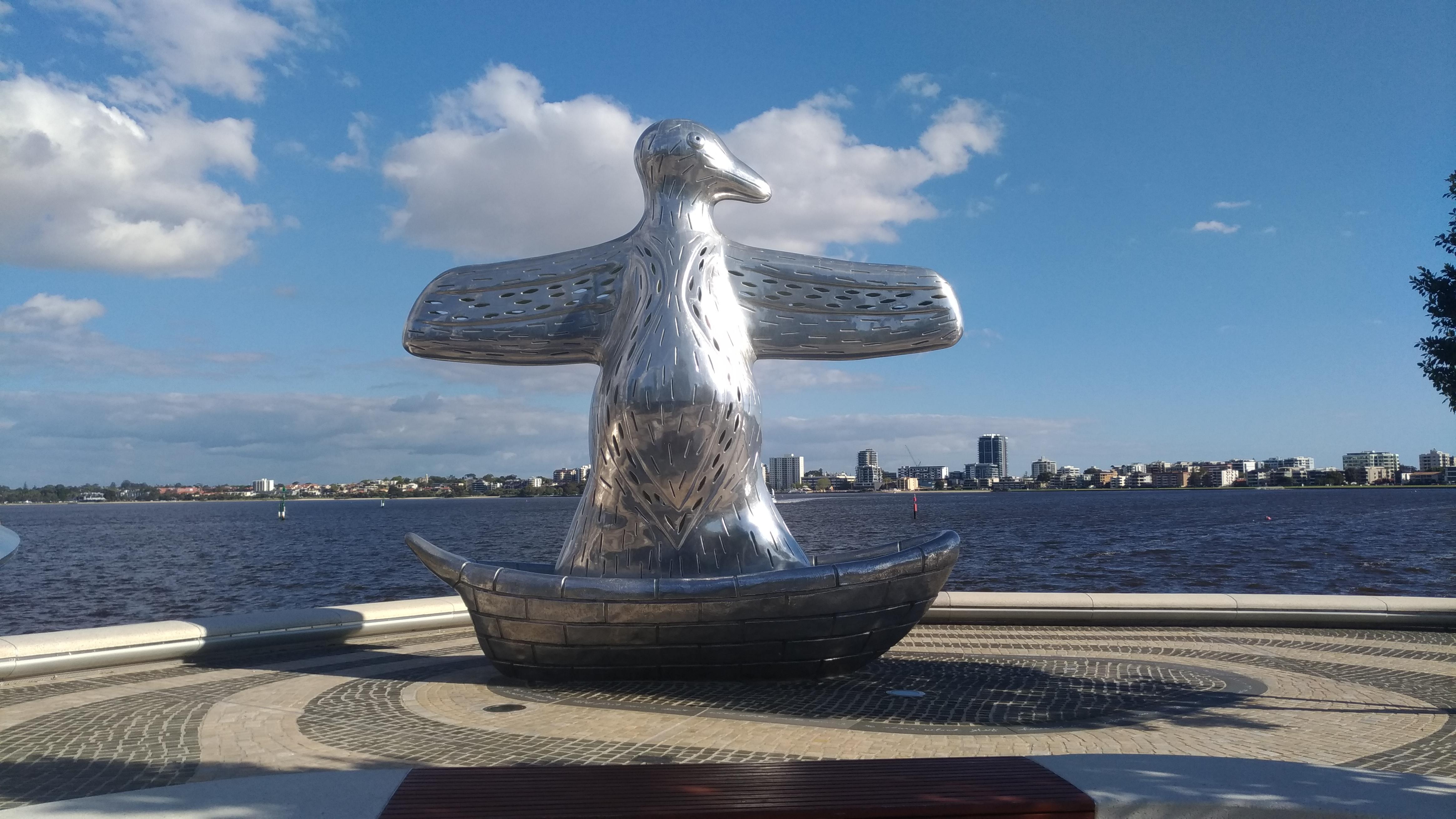 statue perth visiter
