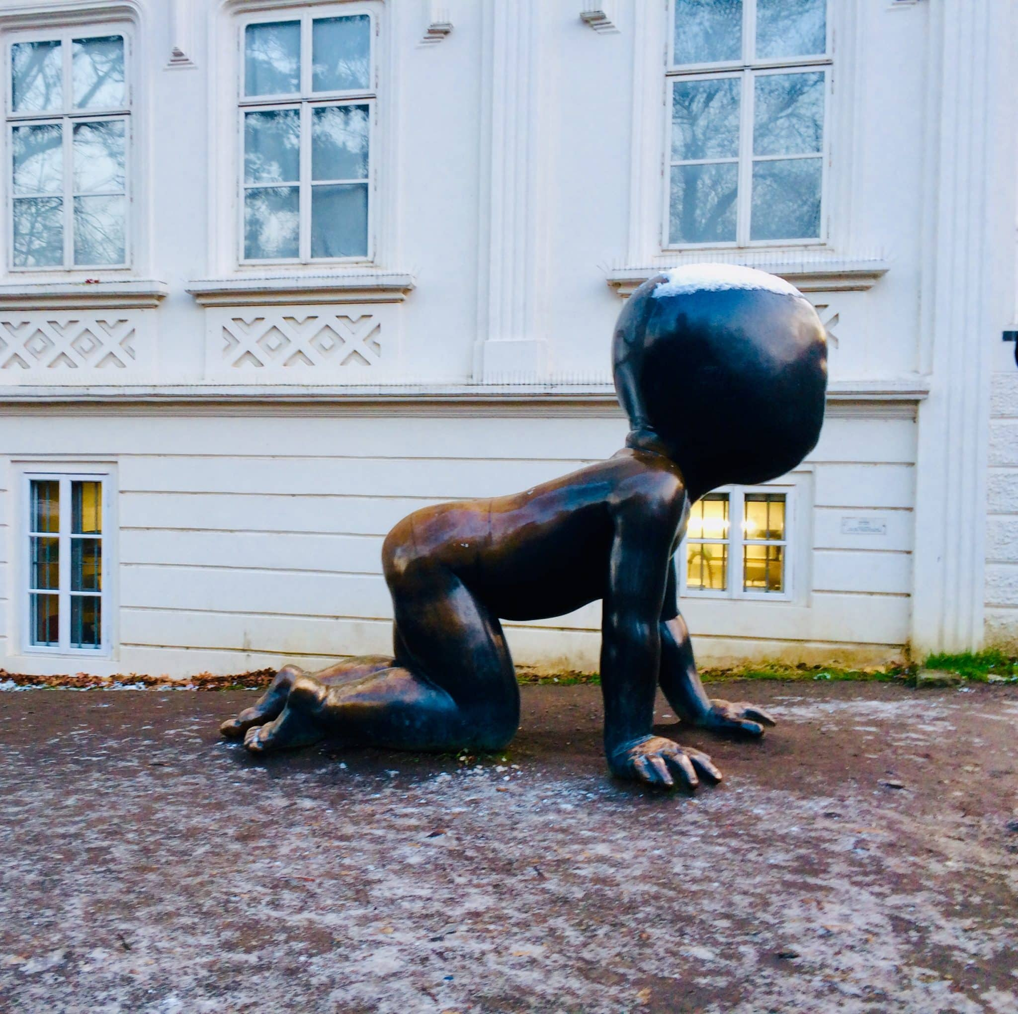 statue prague