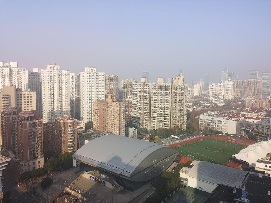vue de notre chambre d'hotel dans le quartier de Xuhui à Shanghai
