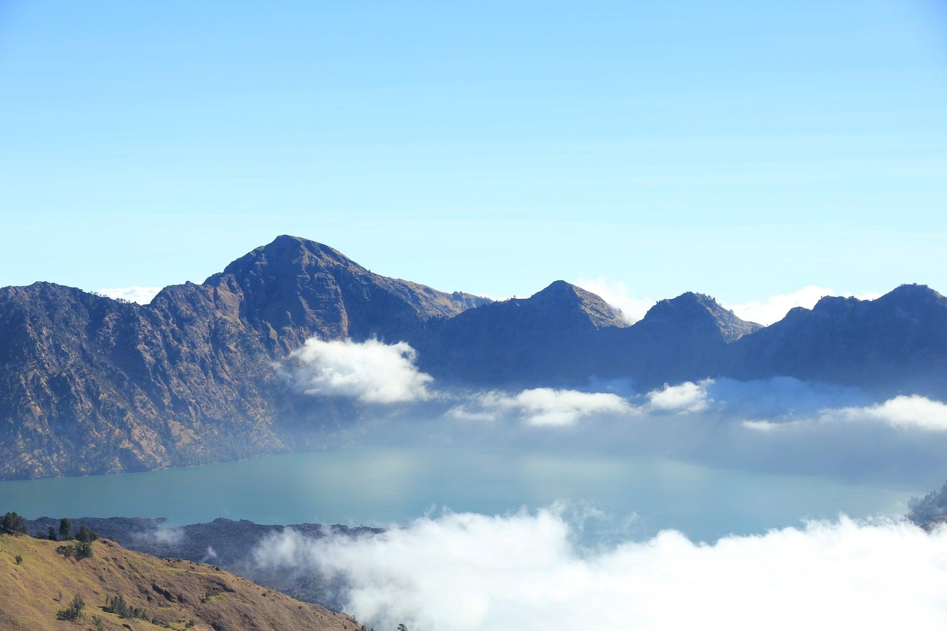 lac de montagne Segara Anak