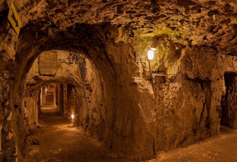 Grottes de Naours
