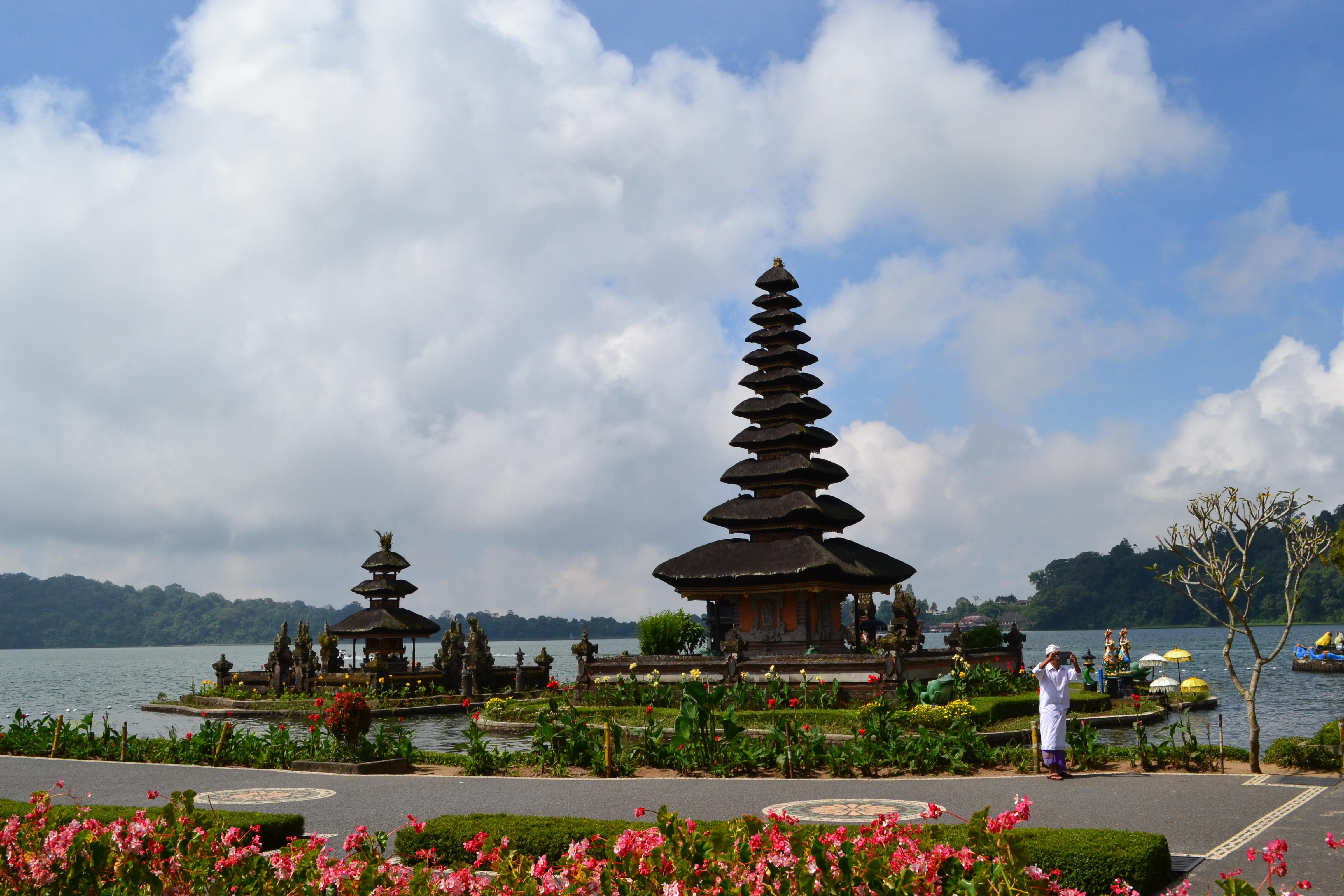 temple ulun dalu road_trip_bali