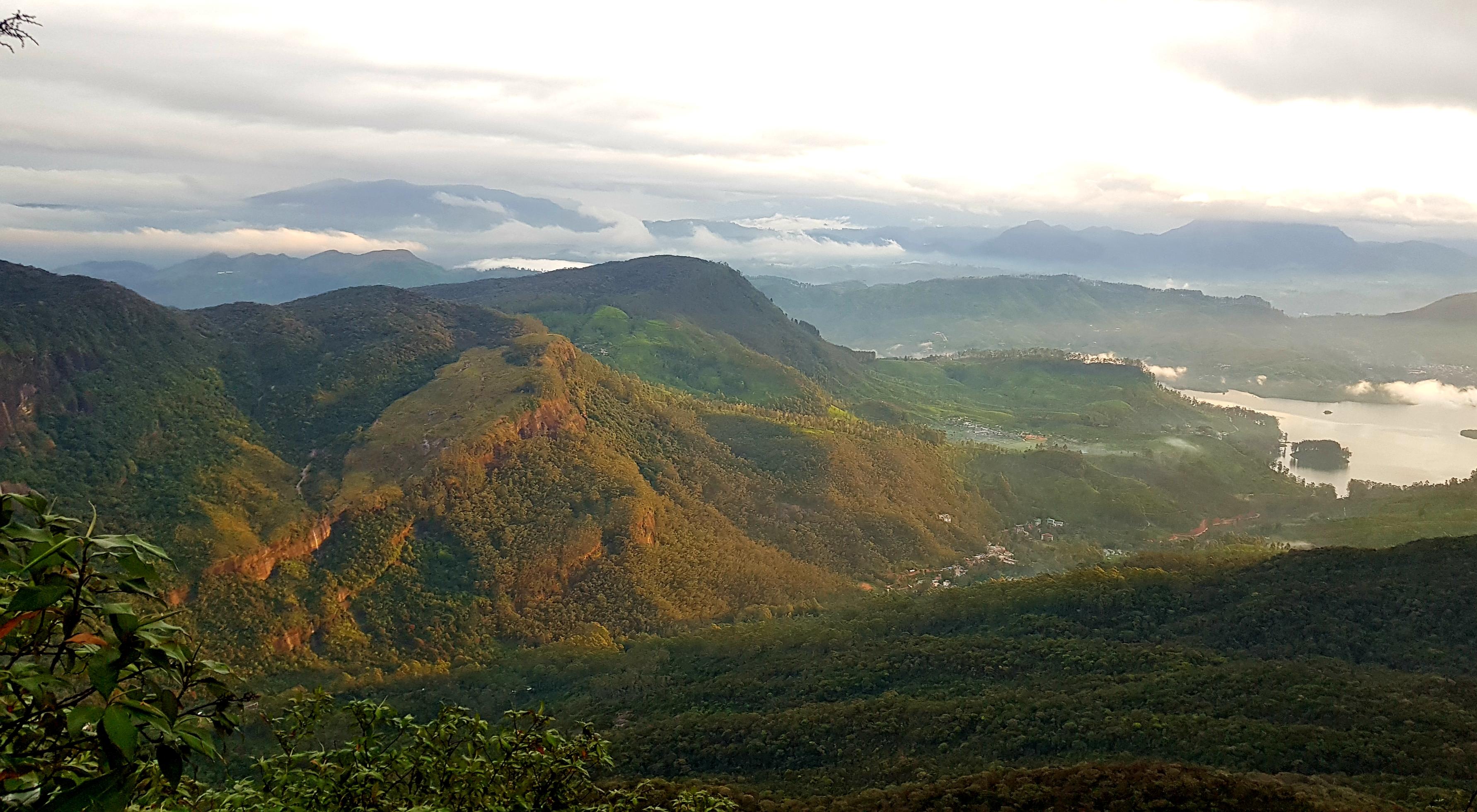 panorama adam's peak