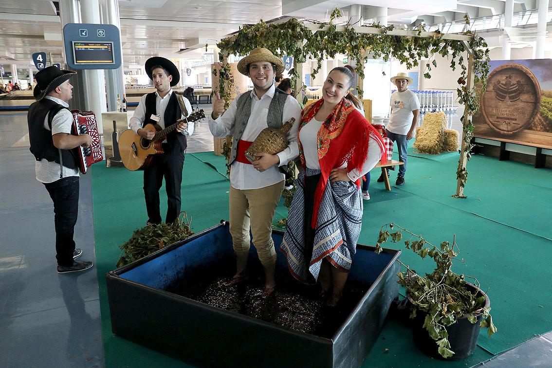 chanteurs aéroport de porto