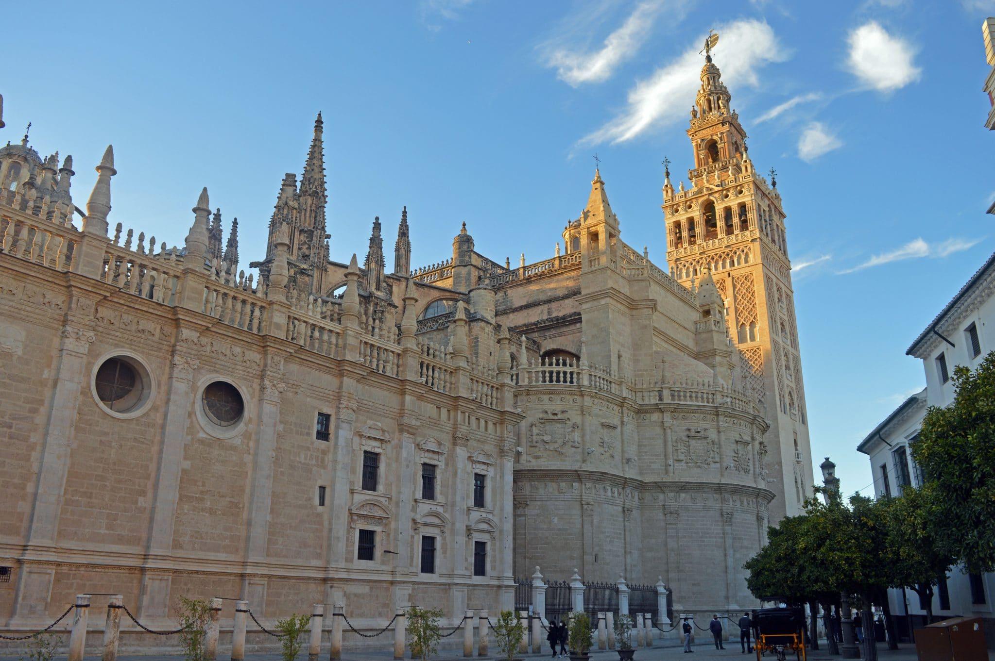 la cathedrale et giralda
