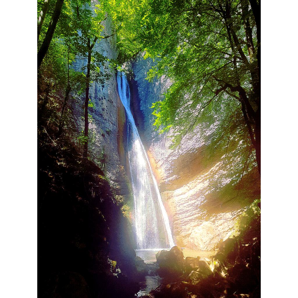 Balade-à-la-cascade-du-Glésy