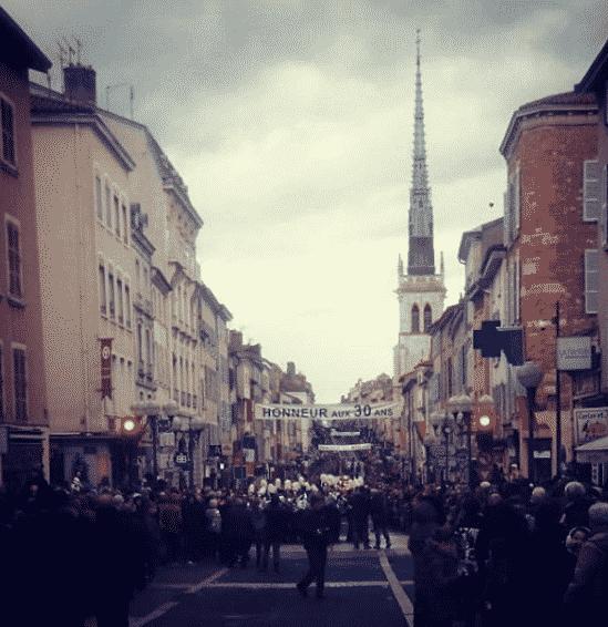 La-fête-des-conscrits-Rue-Nationale