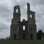 Ruine-de-l'abbaye-mont-saint-eloi